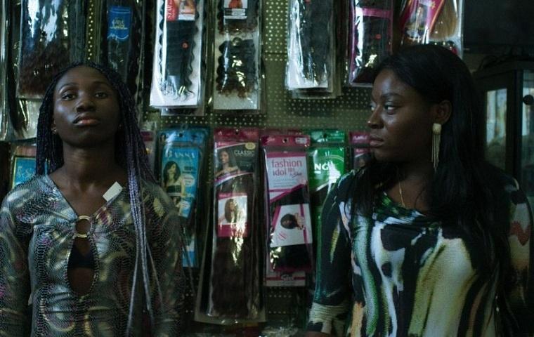 połączyć się z prostytutkami w Nigerii randki online dla muzyków klasycznych